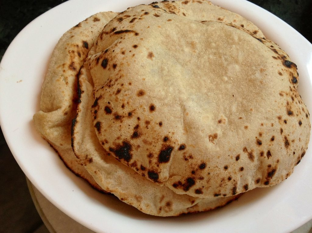Rice or Roti: Which is healthier for weight loss?