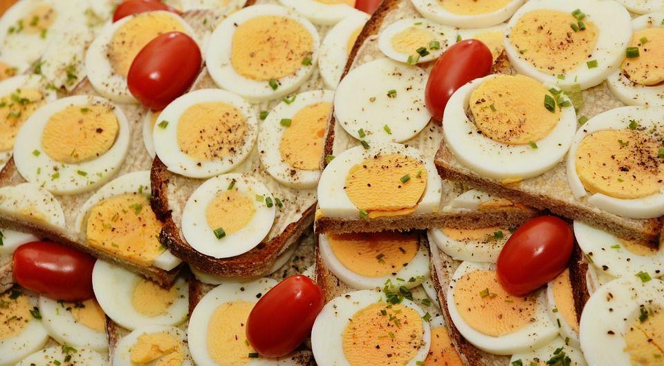 Eggs/ pixabay
