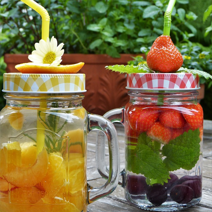 5 Best Summer Detox Waters to Lose Fat Faster
